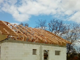 projekt domu z wiązarami
