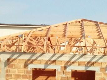 wiązary prefabrykowane dach domu mg dachy